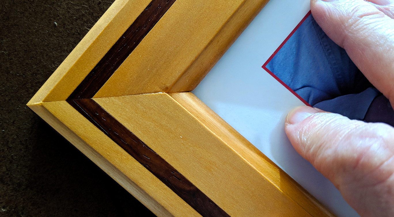 poweredup-picture-frame